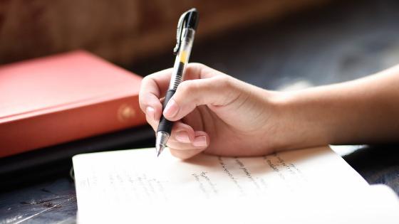 Hoe je toch een blog kunt schrijven als je innerlijke criticus zich ermee bemoeit